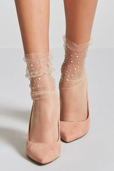 42 Trendy Boots Ankle Socks High Heels 42 Trendy Stiefel Söckchen High Heels This image has get Sock Shoes, Cute Shoes, Me Too Shoes, Socks And Heels, Ankle Socks, High Socks, Sheer Socks, Fishnet Socks, Lace Socks