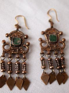 Tradera ᐈ Köp & sälj begagnat & second hand Vintage Designs, Finger, Vintage Jewelry, Drop Earrings, Architecture, Magazines, Image, Retro, Style