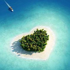 I Love You Too, Tavarua, Fiji