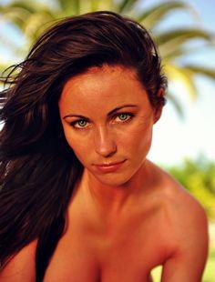Blog diario de chicas con imágenes de alta calidad - Mc Nudes Babe Kyla Cole - Horny In The Morning.