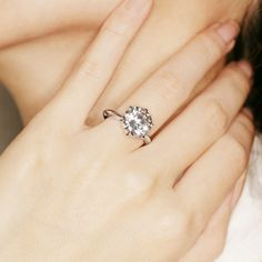 Nice big diamond!!!!!!! i love it but maybe in yellow gold..wedding ring