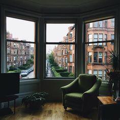 urban living | bay window | sitting area | new york life