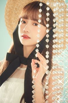 iz*one jo yuri [heart*iz] sapphire ver Yuri, Kpop Girl Groups, Kpop Girls, Eyes On Me, Japanese Girl Group, Girl Bands, Teaser, Mini Albums, Korean Girl