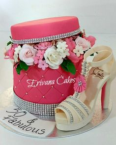 www.facebook.com/cakecoachonline - sharing....Flower Box cake with gumpaste Louboutin shoe