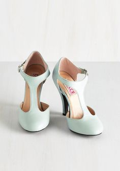 It's a fact - you look perfectly charming in these Dolce by Mojo Moxy pumps! Flaunting a refreshing, pale aqua hue, these vegan faux-leather T-straps offer honest-to-goodness glamour with each step.