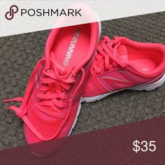 Womens new balance running shoes worn twice Lightweight shoes great for running these are wide width New Balance Shoes Sneakers