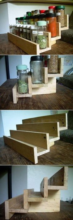 DIY Spice Rack From A Reclaimed Wood Pallet - 10 Good DIY Spice Storage Ideas