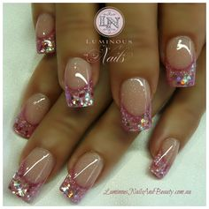 Nail Designs For Clear Nails Fabulous Nails, Gorgeous Nails, Acrylic Nail Designs, Nail Art Designs, Acrylic Nails, Luminous Nails, Pink Glitter Nails, Loose Glitter, Holographic Glitter