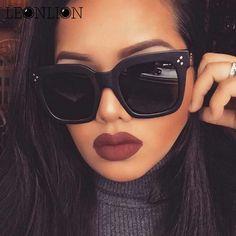 8064e2fe12 LeonLion 2017 Fashion Square Sunglasses Women Designer Luxury Man Women Sun  Glasses Classic Vintage UV400
