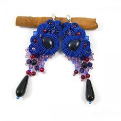 Asymetryczne kaskady...  Earrings made of onyx, agates, amethyst, glass, Swarovski elements silver and soutache