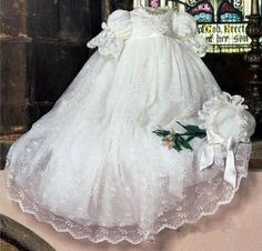 102.07$  Buy here - http://ali8o3.worldwells.pw/go.php?t=32643030513 - 2016 Handmade Boys Girls Christening Gown Baby Dress Lantern Sleeve Outfit White/Ivory Lace Baptism Robe WITH BONNET 102.07$