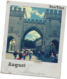BunTine Barcelona Cathedral, Louvre, Building, Travel, Buildings, Viajes, Traveling, Tourism, Louvre Doors