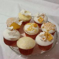 Wedding day cupcakes by Cupcake Magic. www.kupcakemagic.co.uk