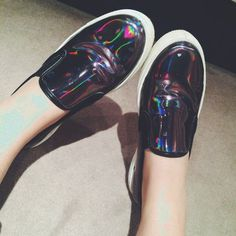 5af18653071 By  alishaahmed http   www.depop.com alishaahmed Holographic