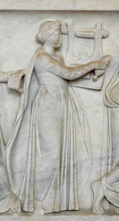 Erato, muse of lyric poetry, holding a lyre. Detail from the Muses Sarcophagus Ancient Rome, Ancient Greece, Ancient Art, Ancient Greek Theatre, Ancient Music, Memento Mori, Hellenistic Art, Art Romain, Lyric Poetry