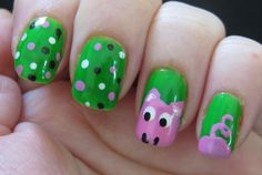 Unprofessional Nails: This little piggy