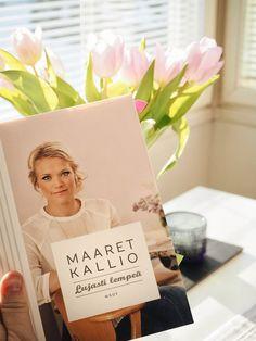 Sami-Petteri Asikainen kirjasuositus tulppaanit leimat