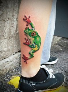 Tree frog tattoo design on the calf