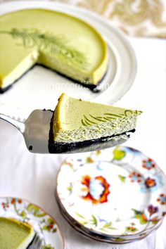 LOVE! my favorites rolled into one! Matcha Cheesecake :)