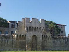 ...las murallas de Avignon...