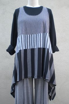 """Mixed Stripes Fly Away Vest in Black and Grays Lagenlook for Missy and Plus Sizes 0/S 54""""B"""