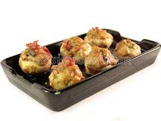 Champiñones rellenos de crema de patata y paleta ibérica