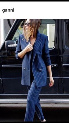 Over size blazer must have