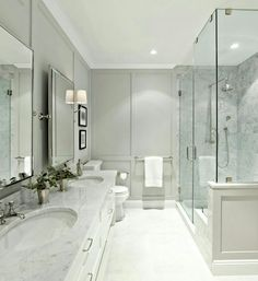 Wall panels in ensuite