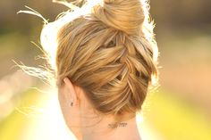 7 Pretty Updos Perfect for Hot Weather