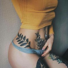 Sexy girl with tattoo #hinhxamdoc #ink #inks #tattoo