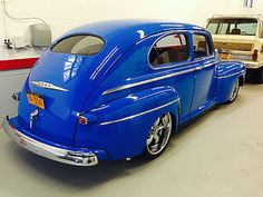 FORD SUPER DELUXE 1946