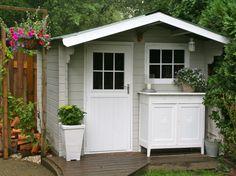 Une chambre d\'amis dans une cabane | Cabane jardin, Cabanes et Chambres