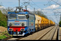 RailPictures.Net Photo: 40-0489-1 CFR Marfa LE 5100 Kw at Branesti, Romania by Titel Costica