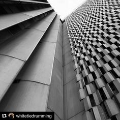 #Repost from Master of Architecture @whitetiedrumming of Richard Neutra's Los Angeles County Hall of Records building.  Alternate views #architecture #asudesignschool #contemplation #laarchitecture #neutra #richardneutra #losangeles #dtla #asudesigntravels