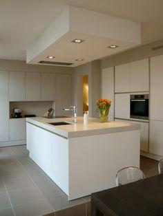 キッチン Appartement Vieux-Lille L型レイアウト - アイランド1 インテリアコーディネート リビング インテリア実例