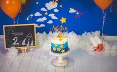 Detalle en madera para pasteles de cumpleaños. Pregúntanos por precios y modelos +34 650 15 43 09 Birthday Cake, Laser, Desserts, Food, Templates, Birthday Cakes, Wood Accents, Hipster Stuff, Printmaking