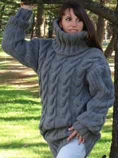 Pull gris Mohair, Pull tricot à main, Pull Crewneck, Pull Oversized, Pullover Hand Knitted Sweaters, Mohair Sweater, Cardigan Sweaters, Long Cardigan, Gros Pull Long, Poncho Cape, Gros Pull Mohair, Woolen Clothes, Handgestrickte Pullover