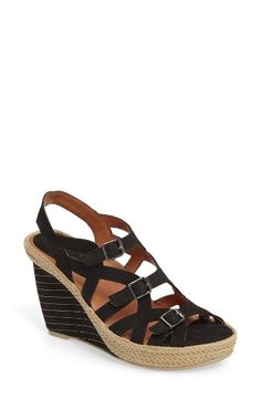 e027f2a9158d Free shipping and returns on L Amour des Pieds Ignacia Wedge Sandal (Women)