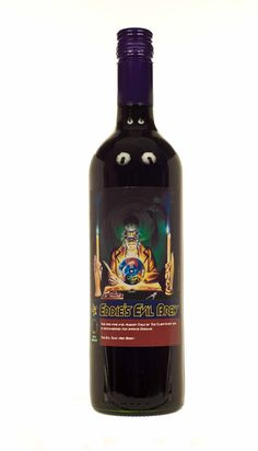 Iron Maiden wine - Son Evil Brew I also need this in my life. Non Alcoholic Drinks, Fun Drinks, Iron Maiden Posters, Swamp Water, Beer Photos, Wine Brands, Heavy Metal Bands, Wine And Beer, Irons
