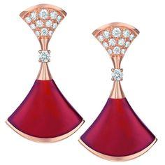 Bulgari - Orecchini diva in corniola e diamanti.
