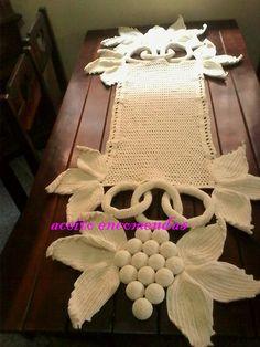 Rose filet work with diagram Free Crochet Bag, Crochet Diy, Crochet Home, Crochet Gifts, Irish Crochet, Crochet Doilies, Crochet Flowers, Crochet Designs, Crochet Patterns
