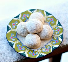 Snowball Cookies (aka Mexican Wedding Cookies)