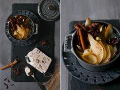 Haselnussparfait mit Birnenkompott – ein Weihnachtsdessert.