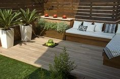 Crea tu exterior Chill Out Porch And Terrace, Terrace Garden, Patio Design, Exterior Design, Garden Design, Terrazas Chill Out, Ideas Terraza, Shade House, Outdoor Furniture Sets