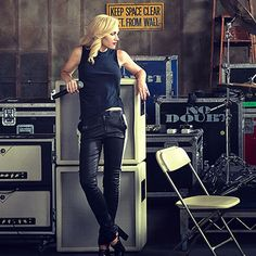VOGUE:  Gwen Stefani: Leader of the Pack.. www.fashion.net