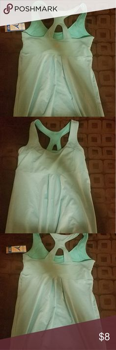 OLD  NAVY Active Tank XS - Size Teal Green Raceback Workout Tank. Brandnew. Old Navy Tops Tank Tops