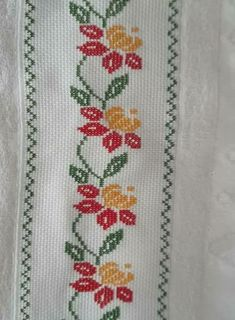 This Pin was discovered by Zey Cross Stitch Bookmarks, Cross Stitch Borders, Cross Stitch Flowers, Cross Stitch Designs, Cross Stitching, Cross Stitch Patterns, Hand Embroidery Stitches, Cross Stitch Embroidery, Embroidery Patterns