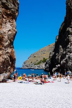 Beach at Torrent de Pareis in Sa Calobra, Mallorca Landscape Photography, Travel Photography, World Pictures, Travel Companies, Roadtrip, Spain Travel, Aesthetic Pictures, Strand, Adventure Travel