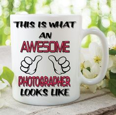 Novelty Mug This Is What An Awesome Photographer Looks Like Funny Birthday Gift Family Ceramic Cup Work Office Humour Printed Cups
