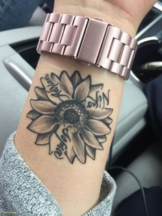 Sunflower with my kids name beautiful small tattoos, small love tattoos, cute foot tattoos Mom Tattoos, Piercing Tattoo, Body Art Tattoos, Hand Tattoos, Tatoos, Kid Name Tattoos, Tattoo Quotes, Tattoo Fonts, Floral Tattoos